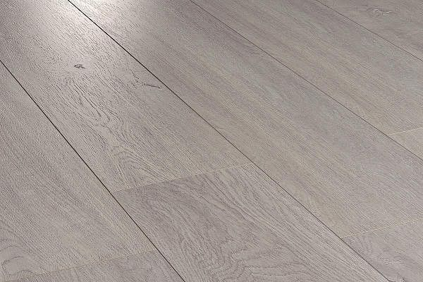 Ламинат Equalline Oak Silver